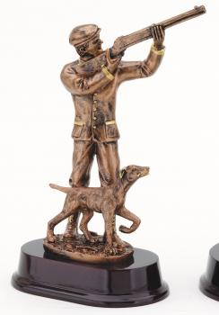 RF3691B Hunter with Pointer Resin Statue Award